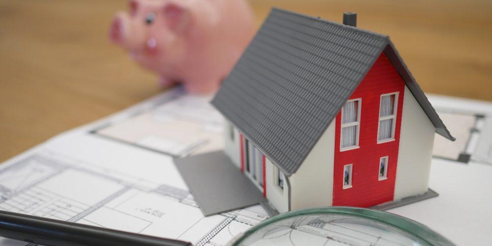 Budowa domu na kredyt – dlaczego czasem musisz wziąć większy kredyt, niż chcesz